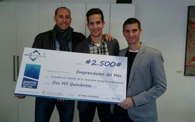 Premio Emprendedor del Mes a cuatro estudiantes