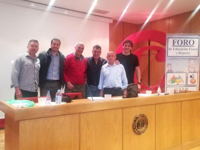 Vicente Beltrán en Foro EF y deporte Lorca