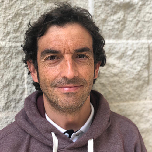 Dr. Víctor Moreno Pérez